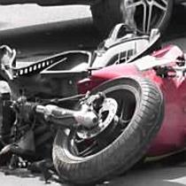 Súlyos sérülést szenvedett az autóval fellökött robogós Nyíregyházán