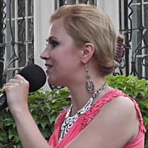 Dalra fakadt a közönség is Kovács Nóri fellépésén - szon.hu
