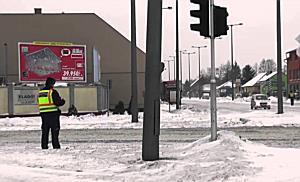 STOP a kamionosoknak a debreceni felüljárón - szon.hu