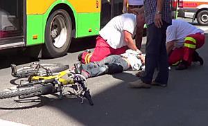 Busz elé tekert a kerékpáros, súlyosan megsérült a menekülő