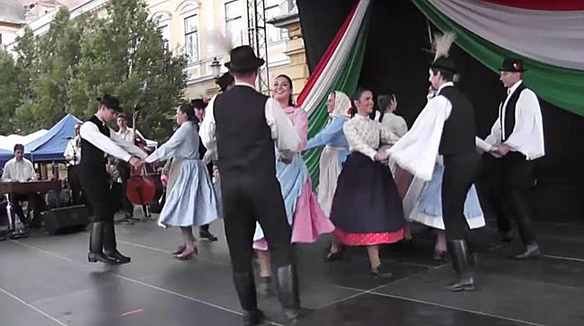 Tánc és tűzijáték Nyíregyházán - szon.hu