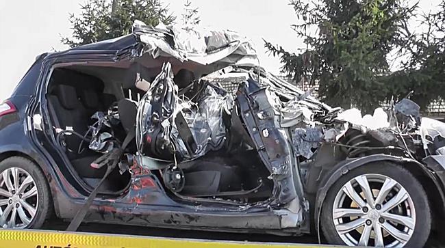 Kombájnnal ütközött egy autó Kótajnál - szon.hu