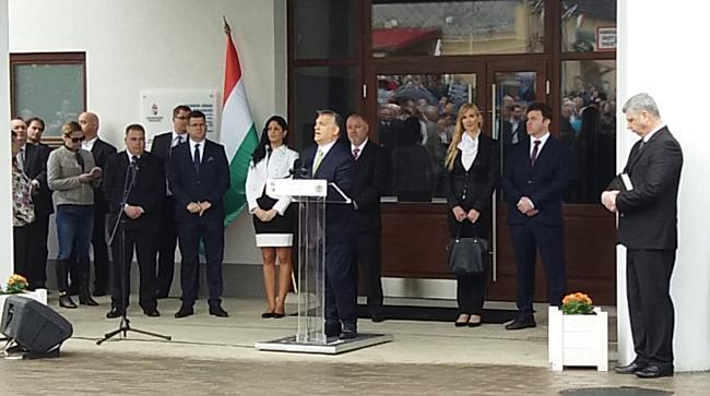 Orbán Viktor Csengerben - szon.hu