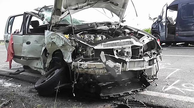 Súlyos baleset Tiszanagyfalunál - szon.hu