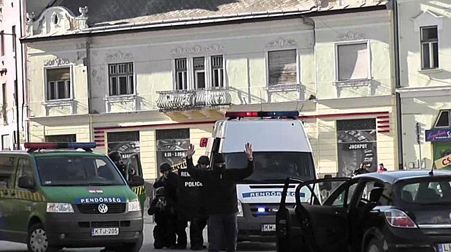 Fegyverropogás a belvárosban